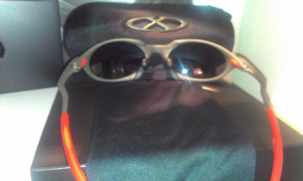Oakley Romeo 1 Xmetal/Black Iridium! - RomeInside_zps1408fe42.jpg