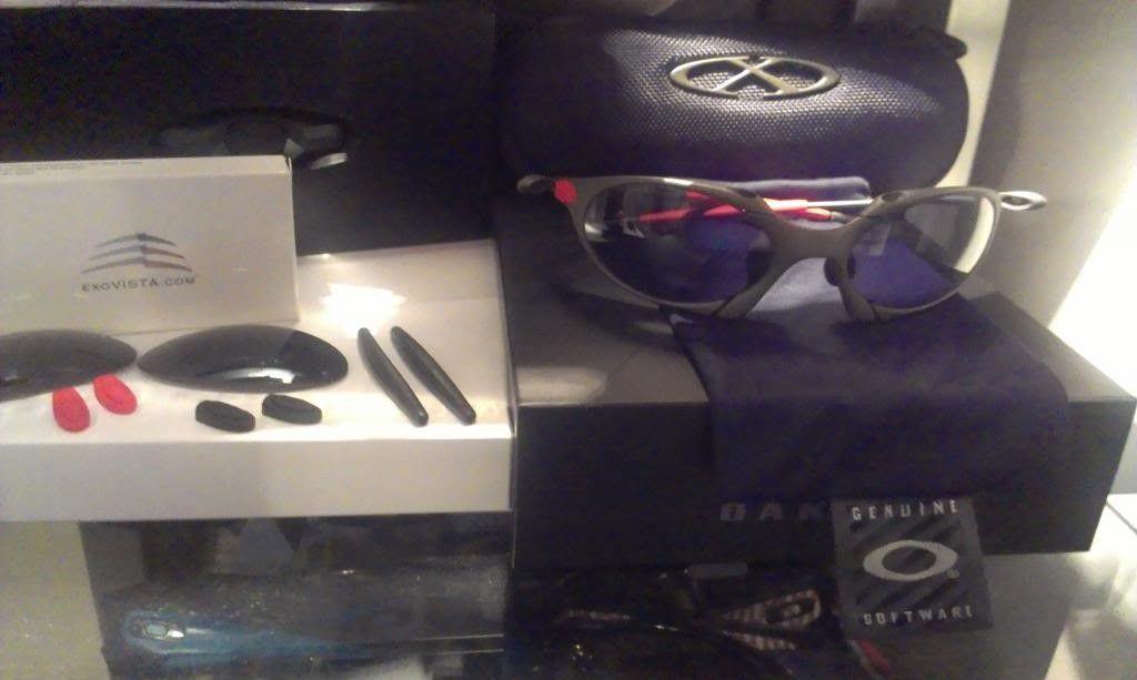 Oakley Romeo 1 Xmetal/Black Iridium! - RomeoFrontArray_zps1199c590.jpg