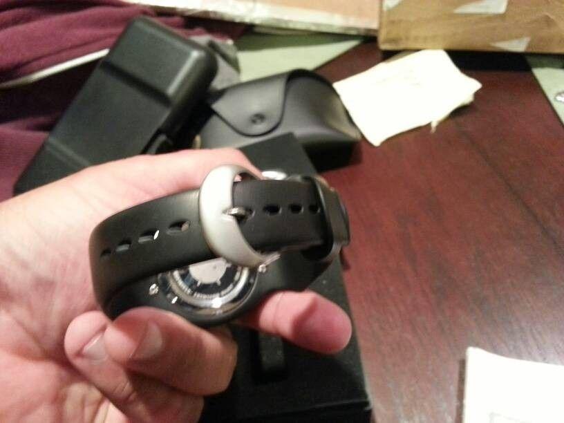 Oakley Carbon Fiber Detonator Watch - ruhyhy4a.jpg