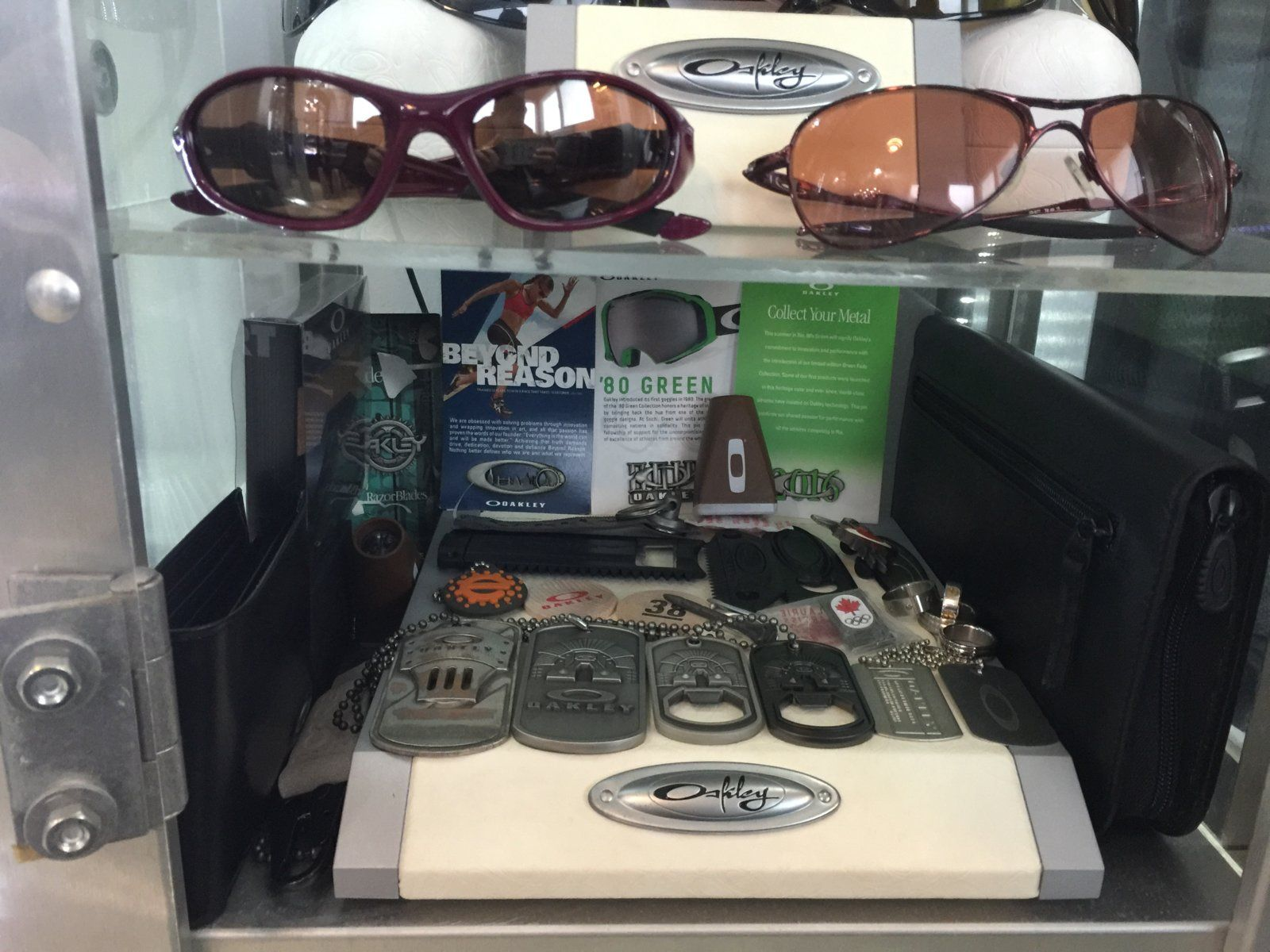 Oakley rooms - show us yours - rx6 2016.JPG