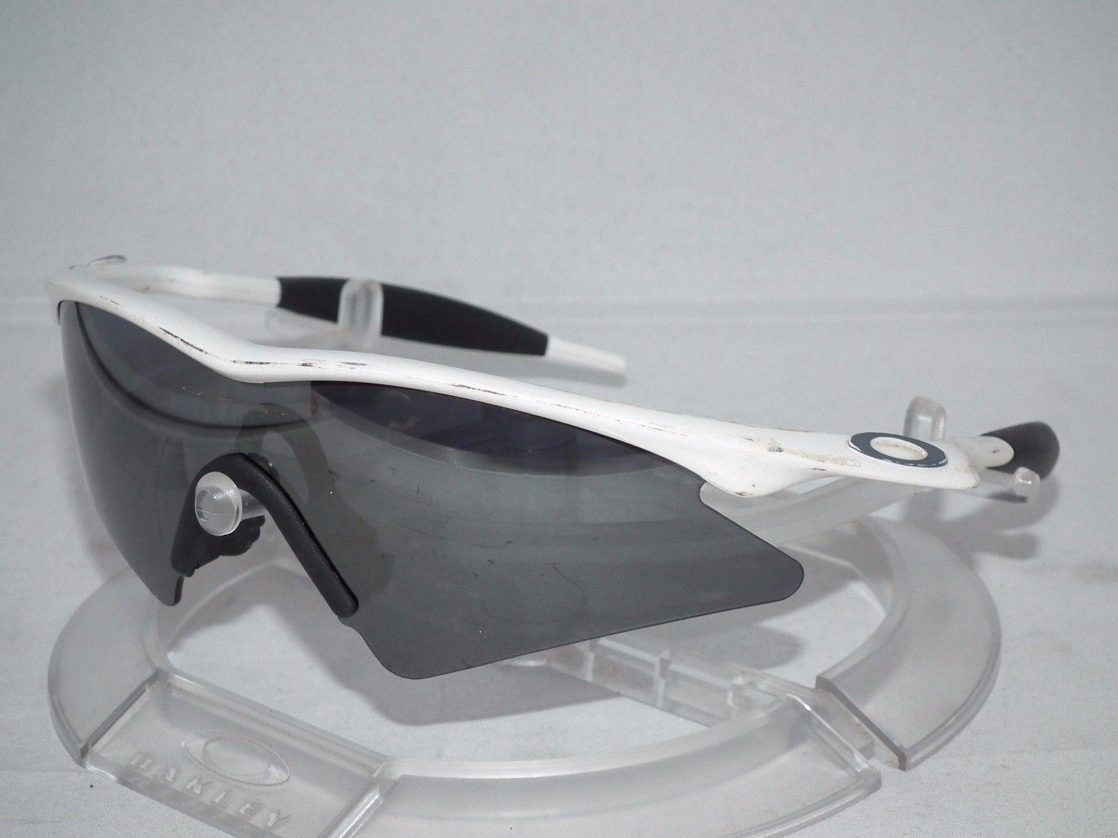 White M Frame