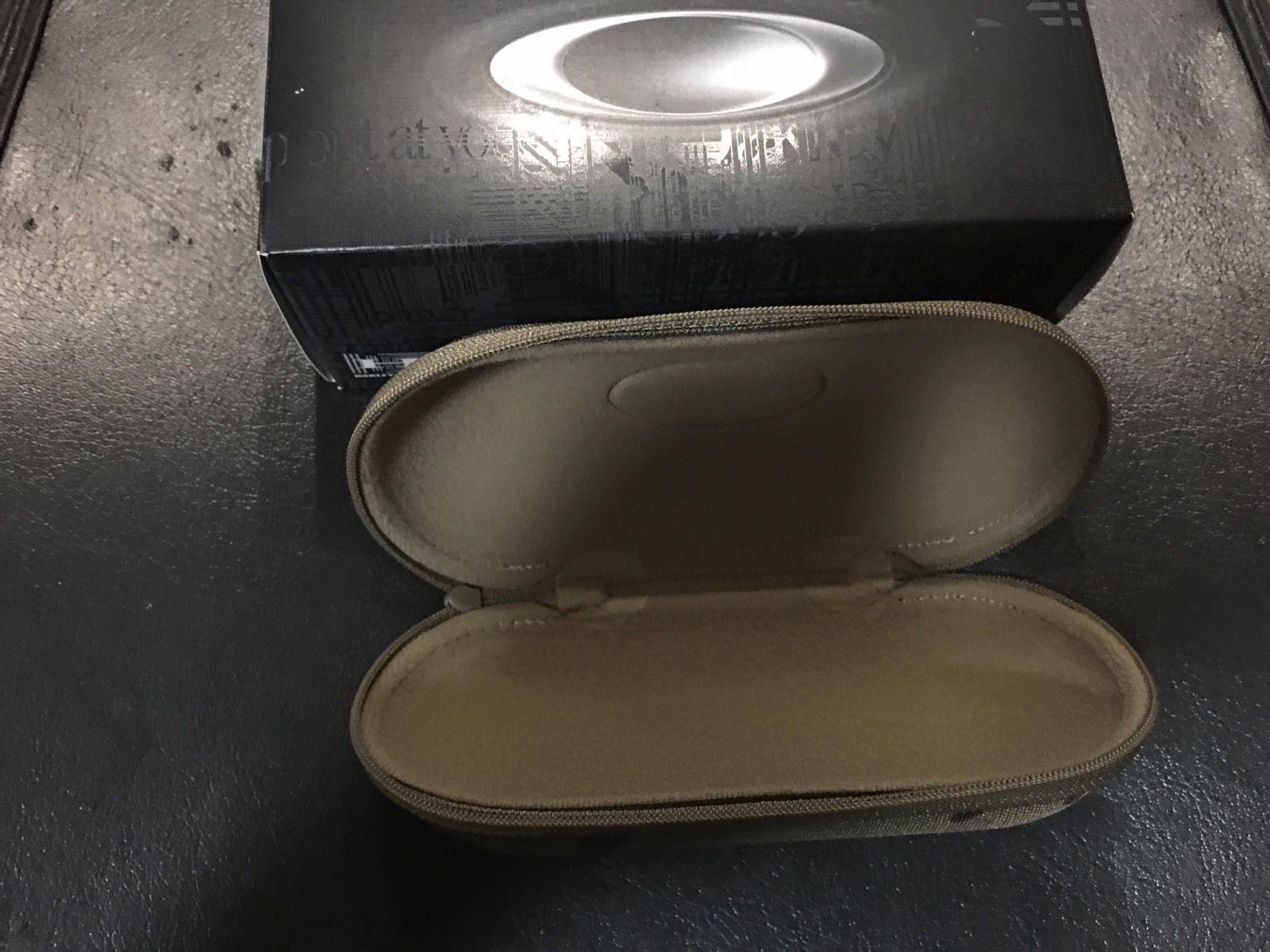 BNIB Oakley Soft Vault Multicam Cases Camo SI - s-l1601.jpg