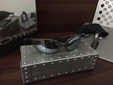 Oakley Romeo X-Metal 1 - s-l225.jpg
