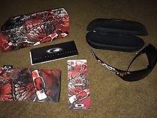 Oakley Antix Devil's Brigade Complete With Box/Cloth Bag/Pin - s-l225.jpg
