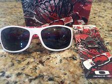 Rare Oakley Devil's Brigade Sideways Sunglasses Polished White w/ Grey Polarized - s-l225.jpg