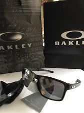 RARE Oakley SILVER F Folding 009246-04 Black Polarized Sunglasses - Lightweight - s-l225.jpg
