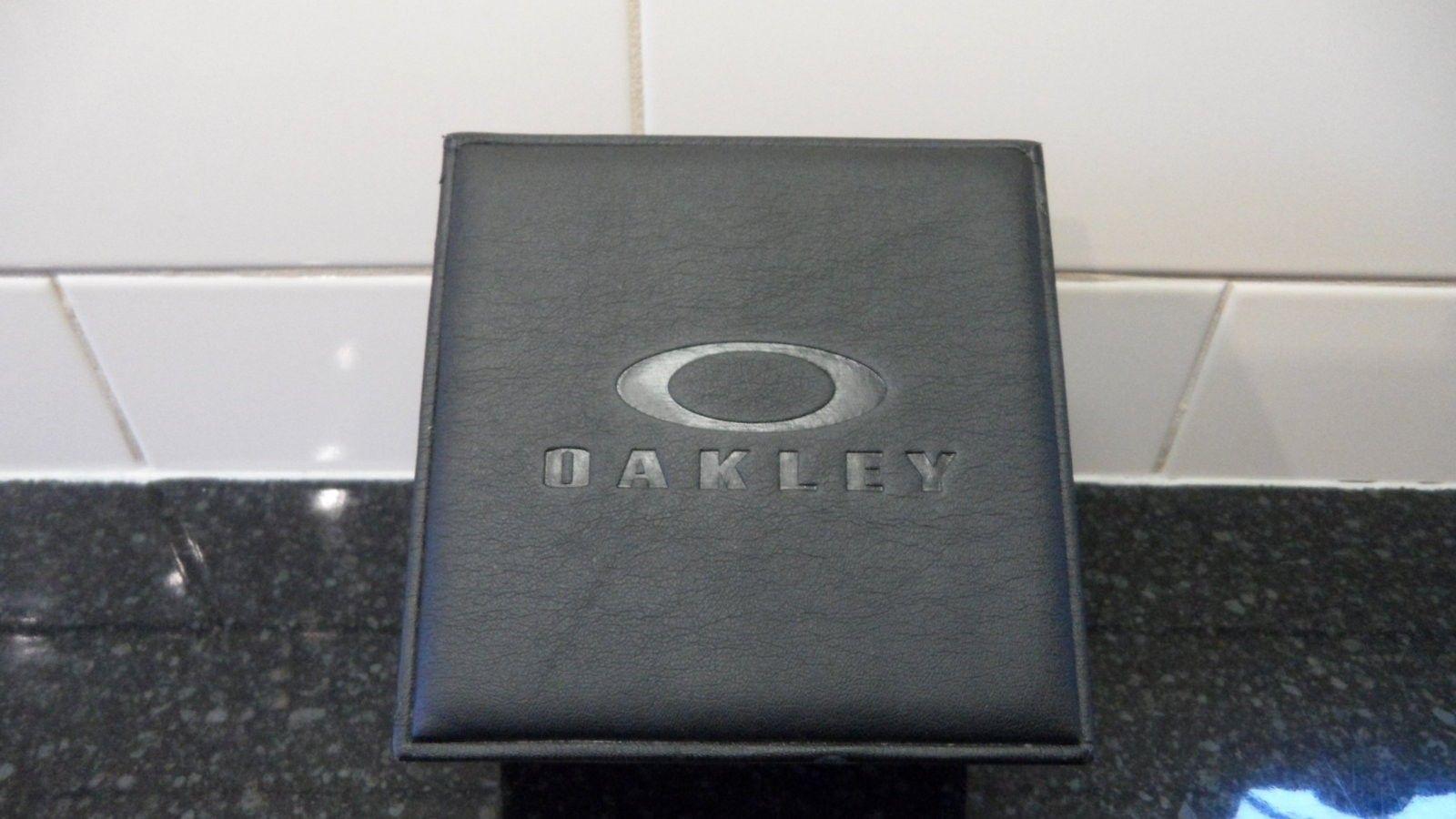Brand New Crankcase Watch Stainless Steel/Black with Unobtanium - SAM_0001.JPG