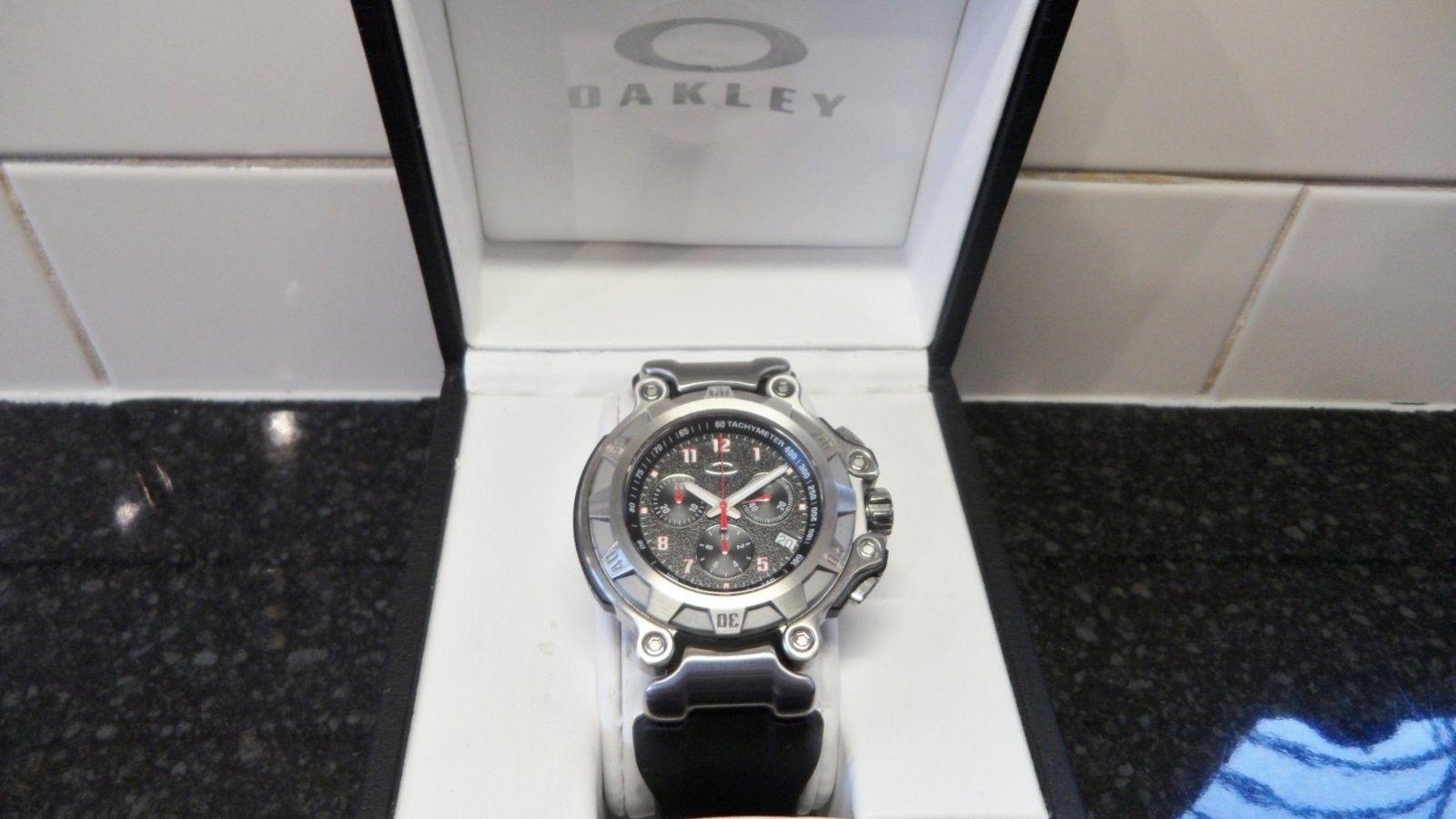 Brand New Crankcase Watch Stainless Steel/Black with Unobtanium - SAM_0002.JPG
