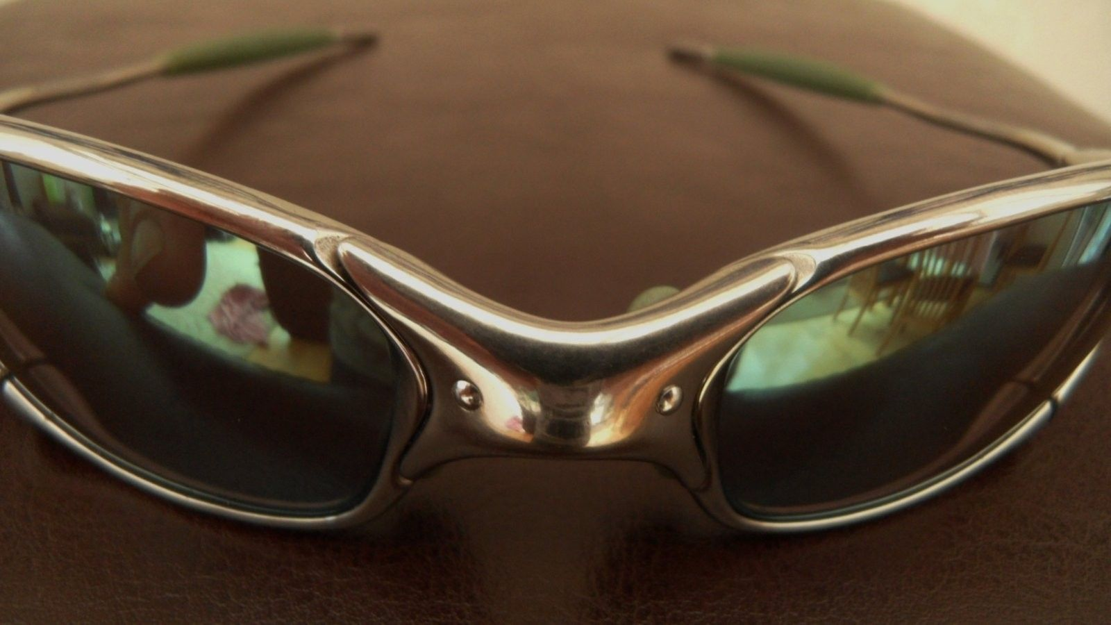 Ichiro Juliet. Polished frame with Emerald Slate Iridium £250/$360 - SAM_0004.JPG