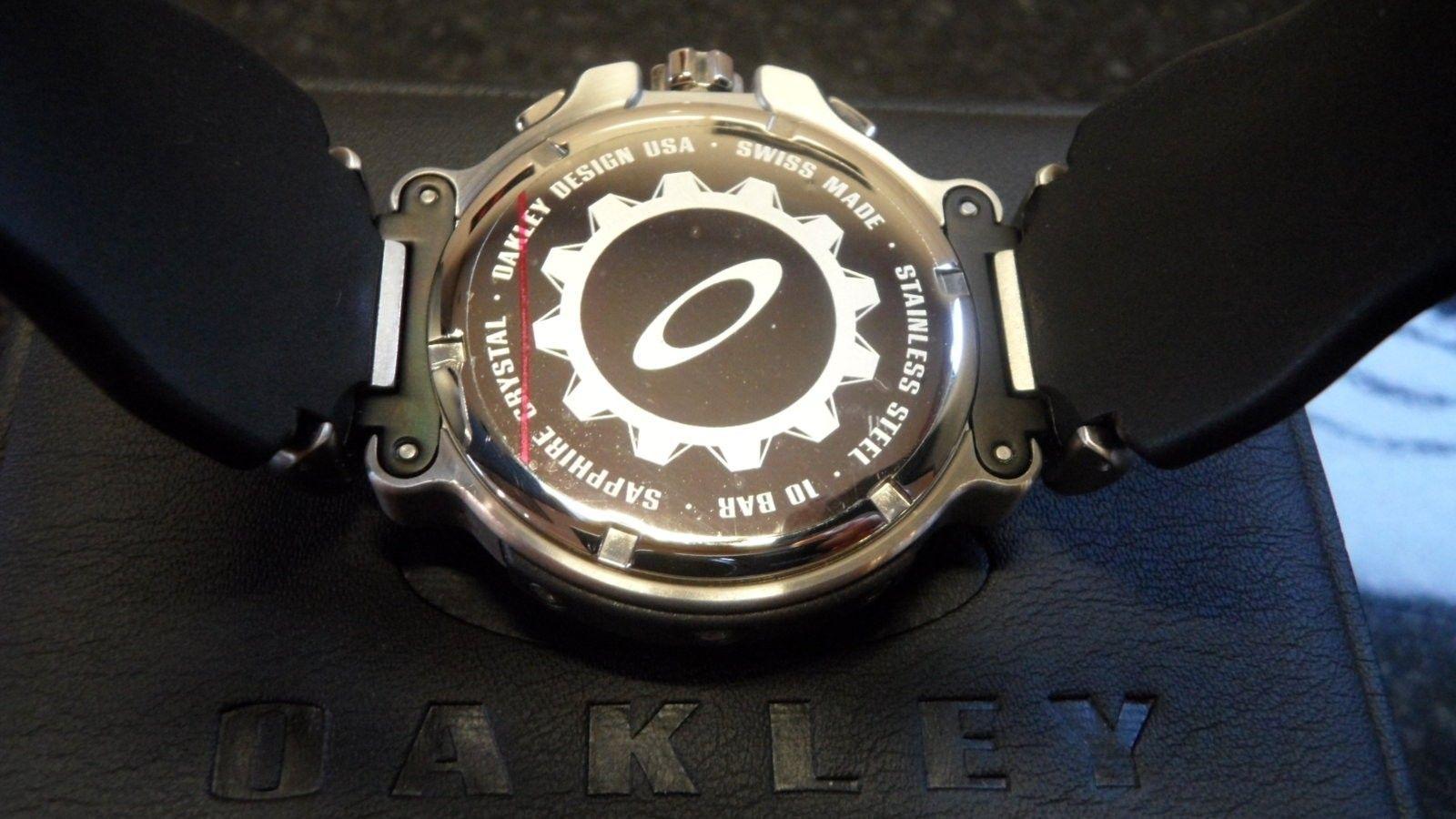 Brand New Crankcase Watch Stainless Steel/Black with Unobtanium - SAM_0006.JPG