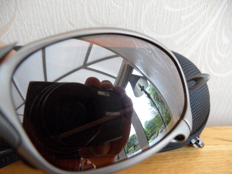 SOLD.  Ti02 Juliet 1st generation with original VR28 Black Iridium lenses U.K BASED - SAM_0016.jpg
