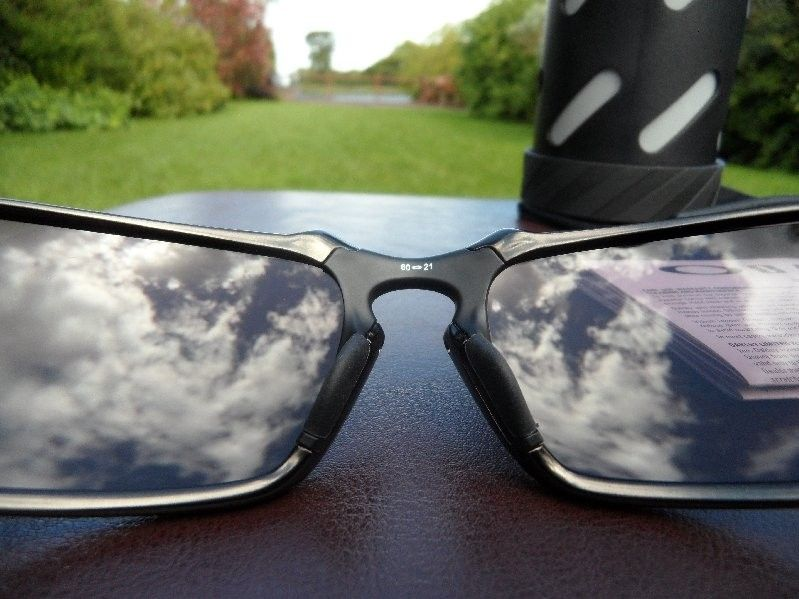 Badman Dark Carbon/Daily Prizm Polarized U.K BASED will post anywhere - SAM_0226.jpg