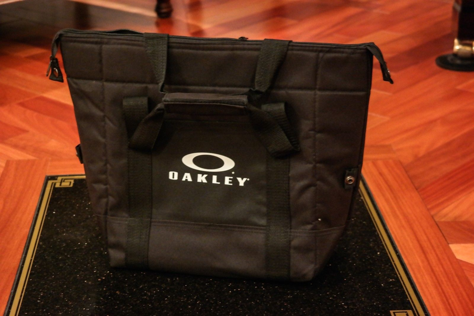 Want something you can't go out and buy?  OAKLEY V.I.P. polo, mf bag, golf balls and more. - SAM_1662.jpg