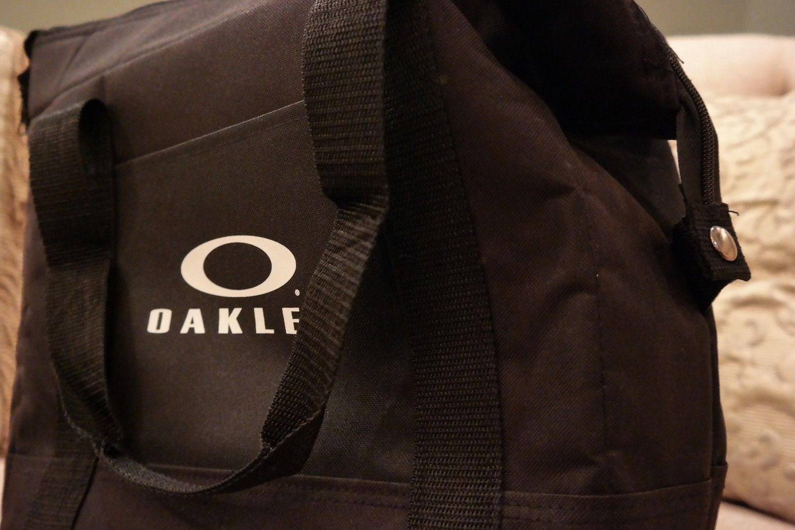 Want something you can't go out and buy?  OAKLEY V.I.P. polo, mf bag, golf balls and more. - SAM_1683.jpg