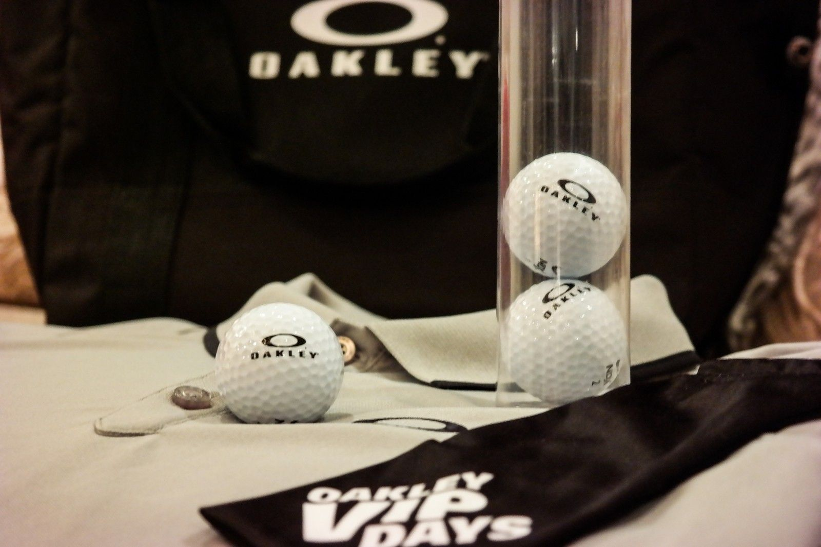 Want something you can't go out and buy?  OAKLEY V.I.P. polo, mf bag, golf balls and more. - SAM_1687.jpg