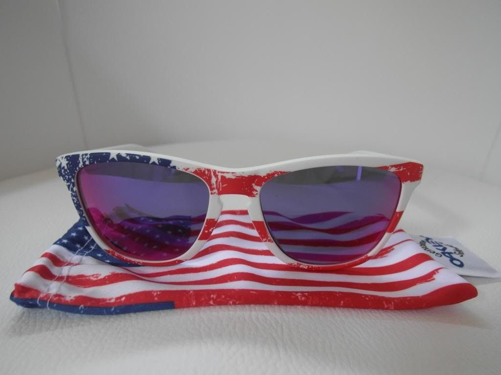 Old Glory And Union Jack Frog Skins - SAM_6339_zpse3a14eba.jpg