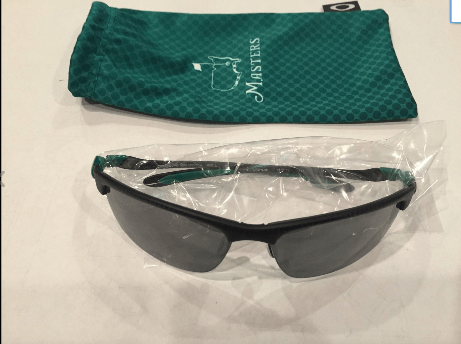 Masters Special Edition Oakleys? - Screen Shot 2015-04-12 at 9.14.07 AM.png