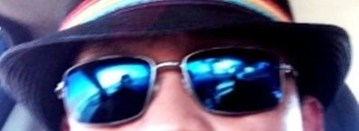 Which Oakley glasses are these? - Screen Shot 2015-09-14 at 9.33.23 AM.jpg
