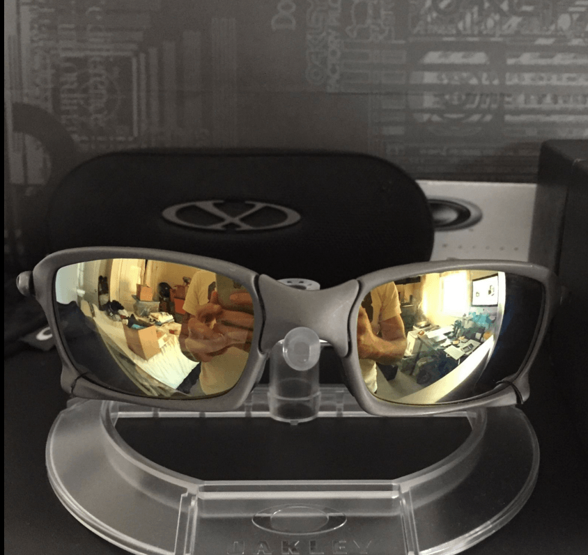 Oakley  X-Squared x metal - Screen Shot 2015-12-25 at 10.26.08 PM.png