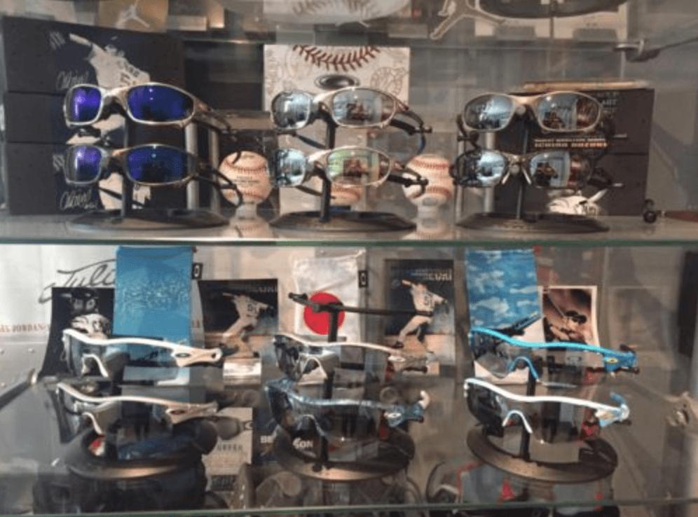 Full Ichiro set being sold…. - Screen Shot 2016-04-01 at 7.03.22 AM.png