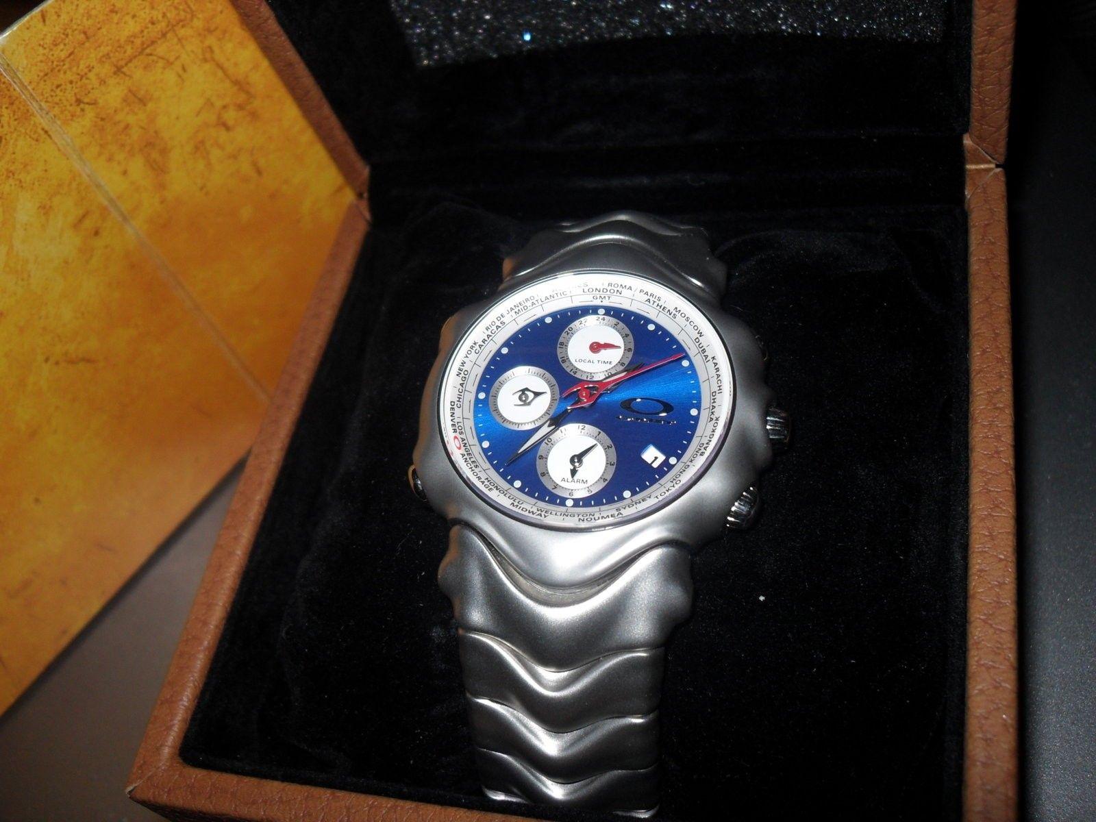 GMT Blue Dial Oakley - SDC10631.JPG