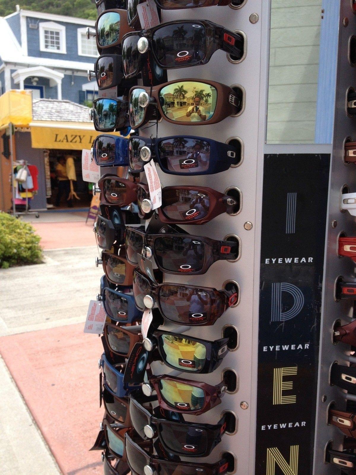 Oakley's in St. Marteen  LOL - securedownload1up.jpg