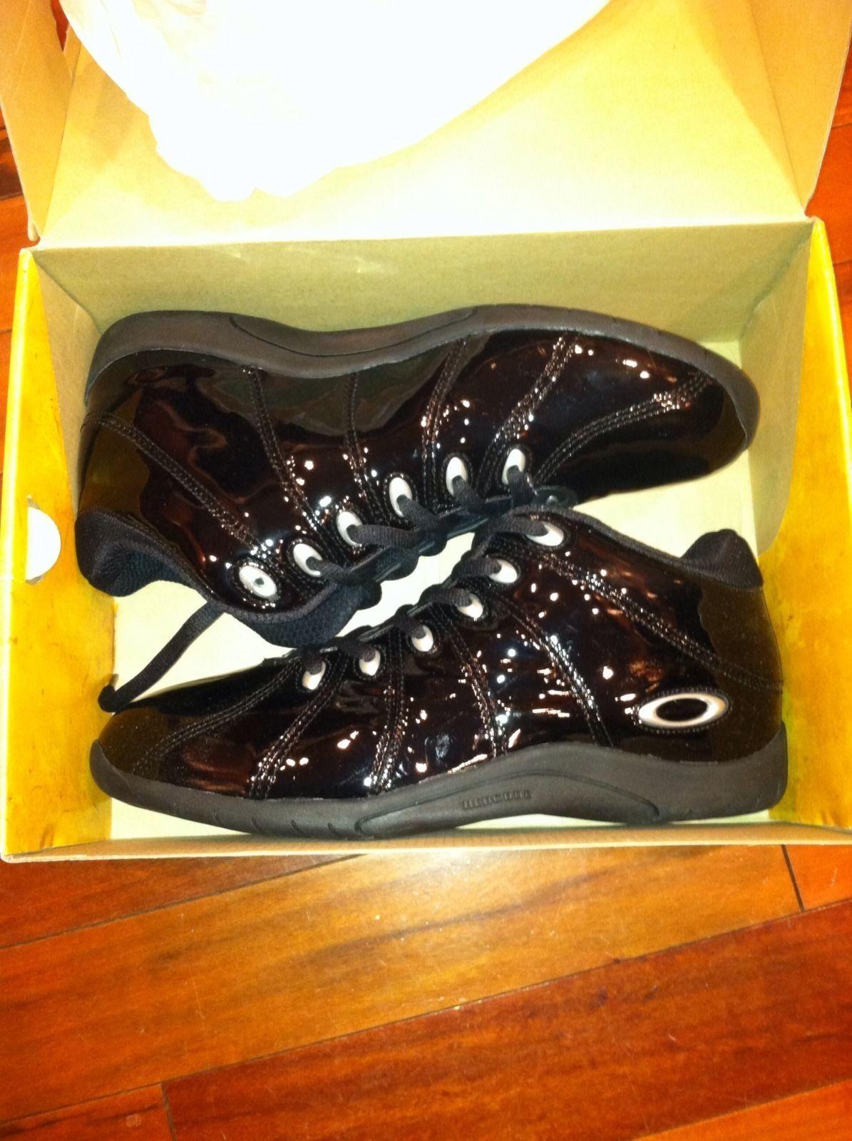 Oakley Sequel Shoes In Black Chrome - Sequel.JPG