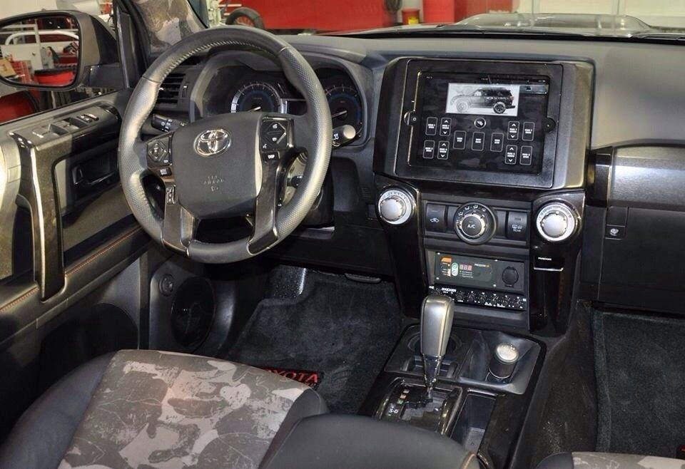 Oakley Vehicles - sequgezu.jpg