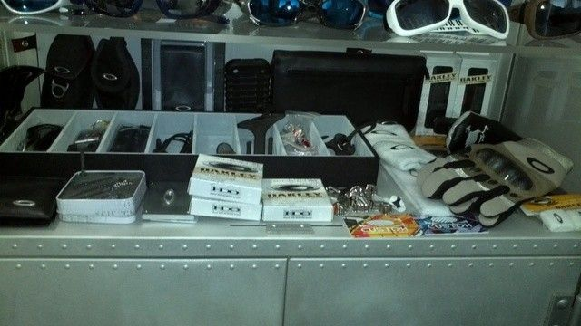 My Collection Setup - shelf5misc.jpg