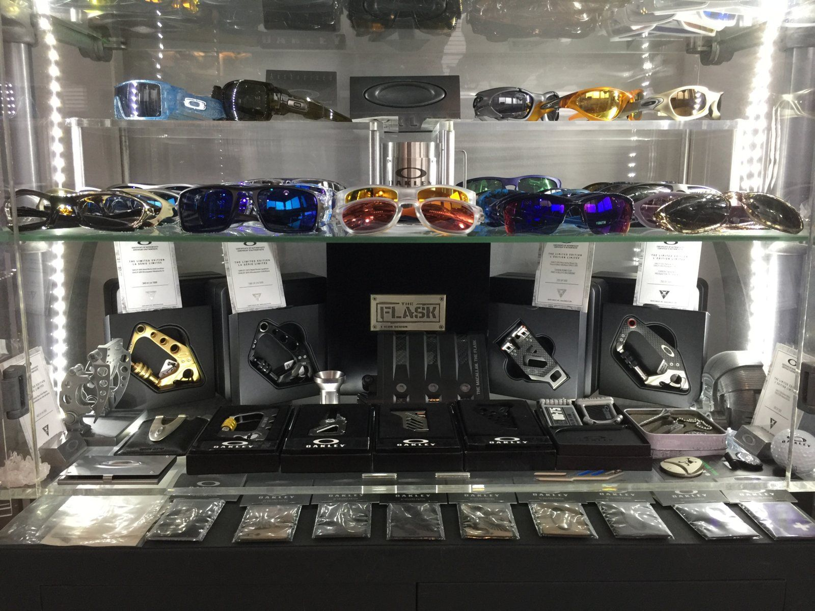 Oakley rooms - show us yours - spine 5 2016.JPG