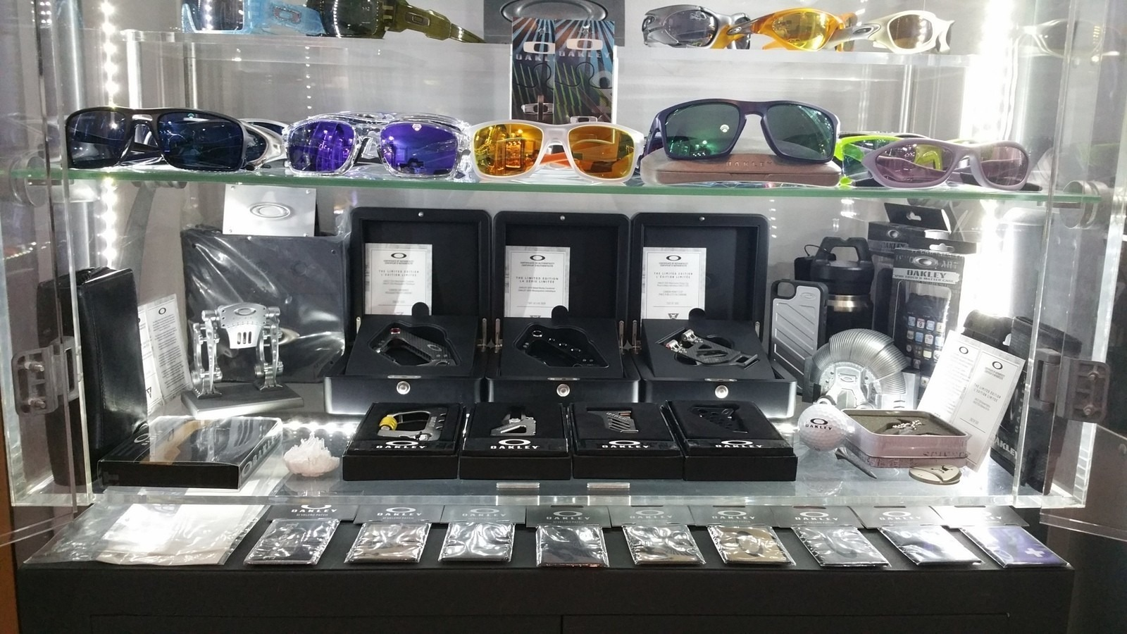Oakley rooms - show us yours - spine5.jpg