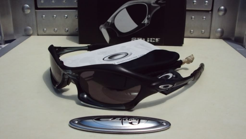 Splice Crystal/matte Black With Grey Lens - SPLICEBLACK1.jpg