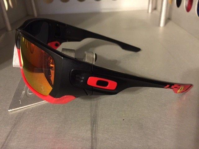 Ferrari Style Switch NEW/w Box   SOLD - StyleSwitch.JPG