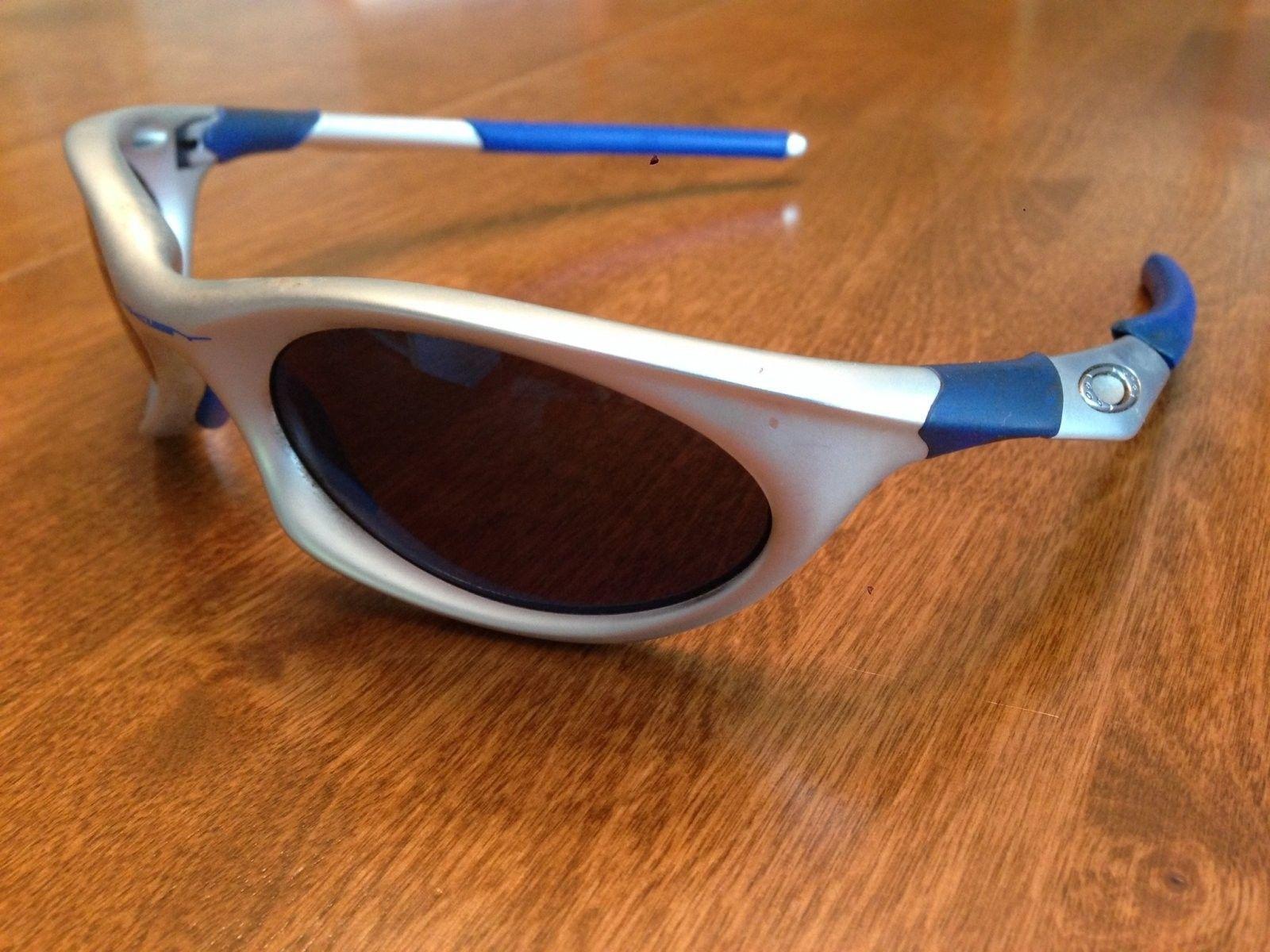 Need Help Identifying Oakley Model - Sunglasses.jpg