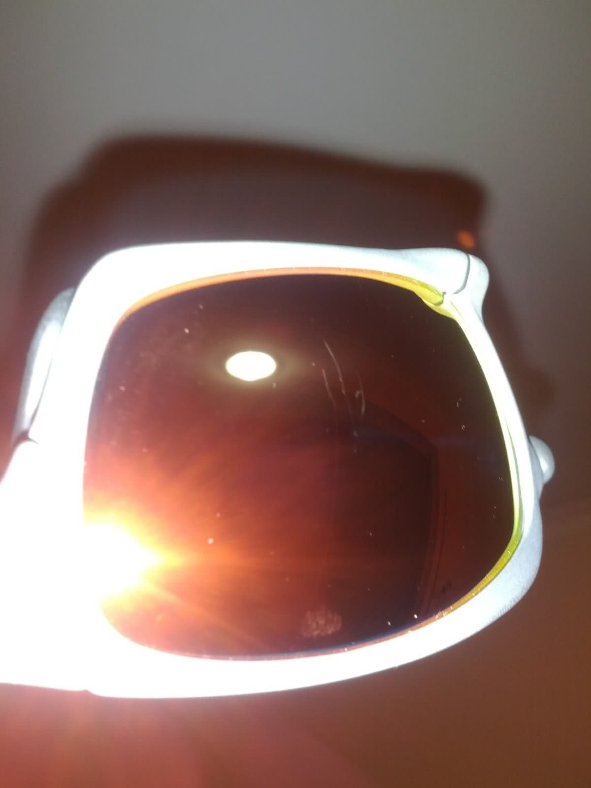 Gutted. Scratched Lens. - swcnr8.jpg