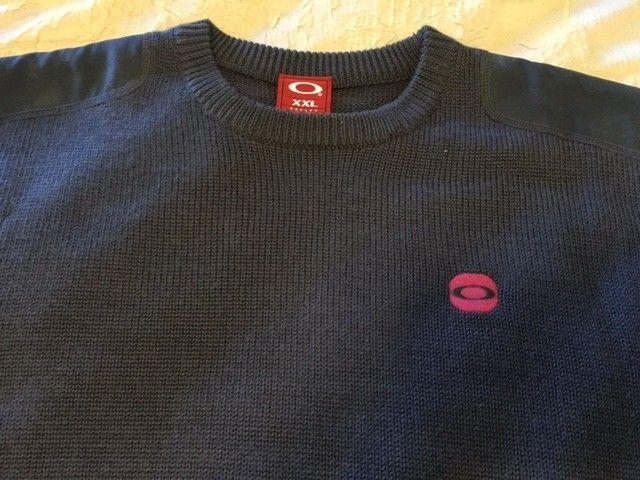 Oakley Snow/Ski Sweaters Size: XXL (3) different ones. - Sweater1.JPG