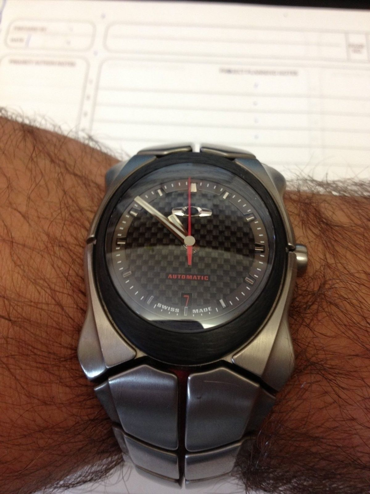 Timebomb2 automatic writting on dial fading from red to white - TB 2.jpg