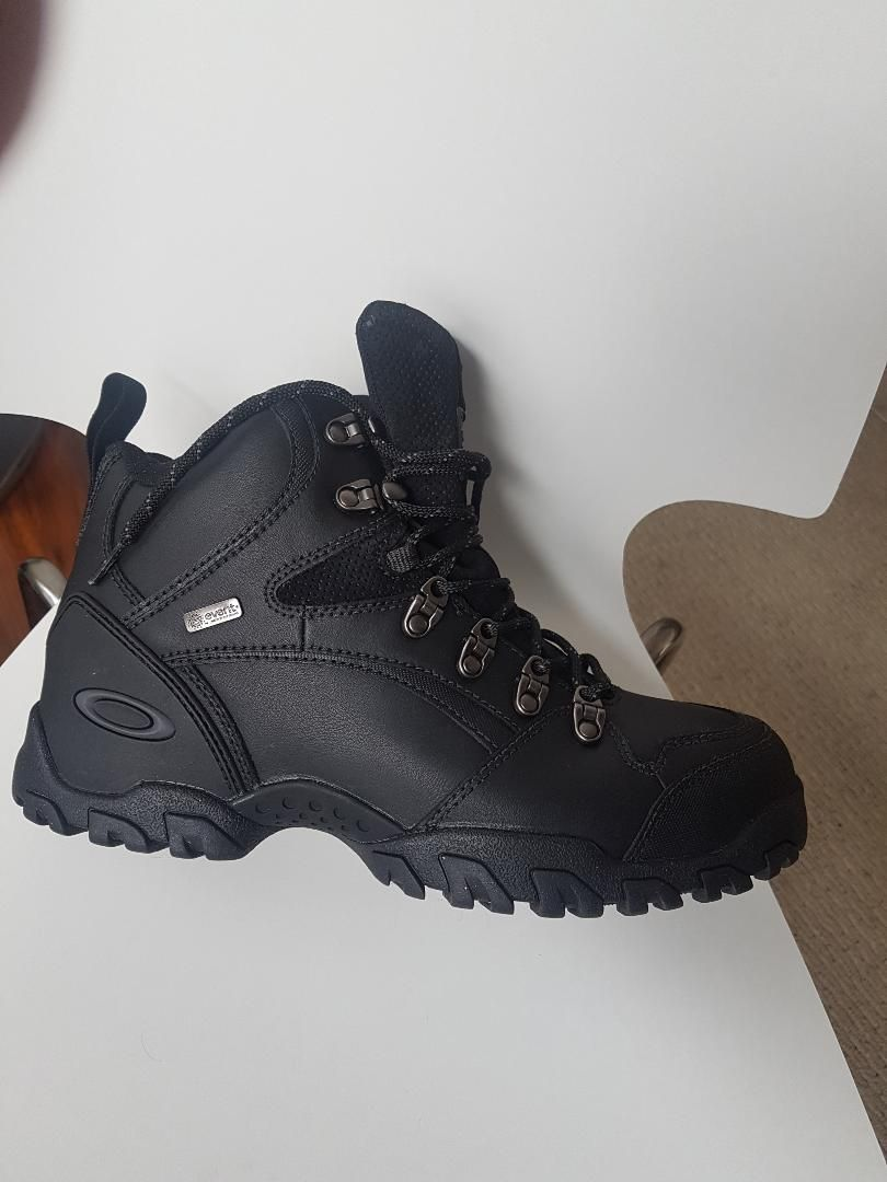32fa9af1bdc Oakley Event Boots | Oakley Forum