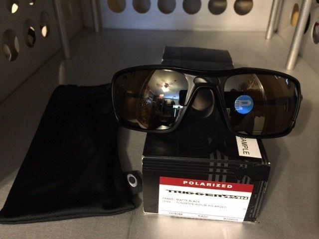 Oakley Triggerman Matte Blk/Tungsten Irid. Polarized SOLD - TriggerT2.JPG