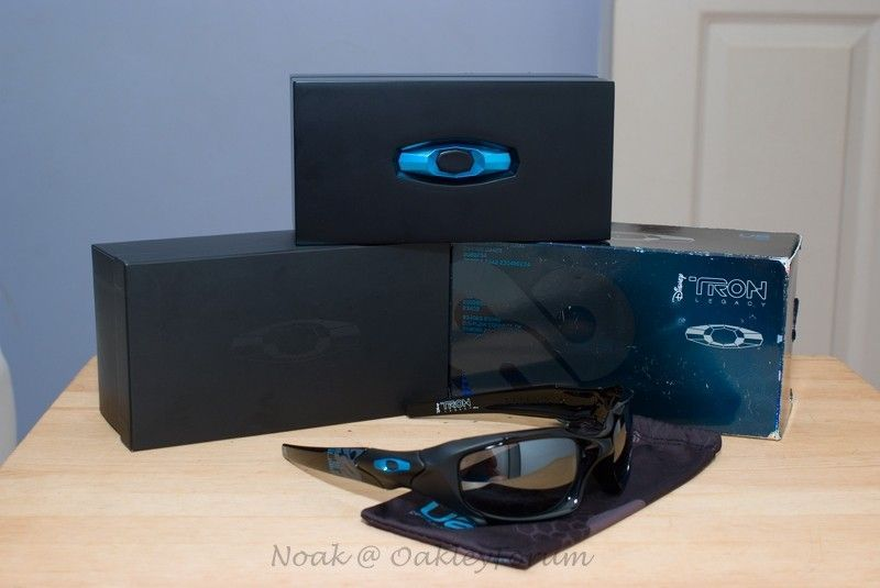 I never thought I would like this ... and best yet buy it and LOVING it! - Tron PB 005_SX.jpg