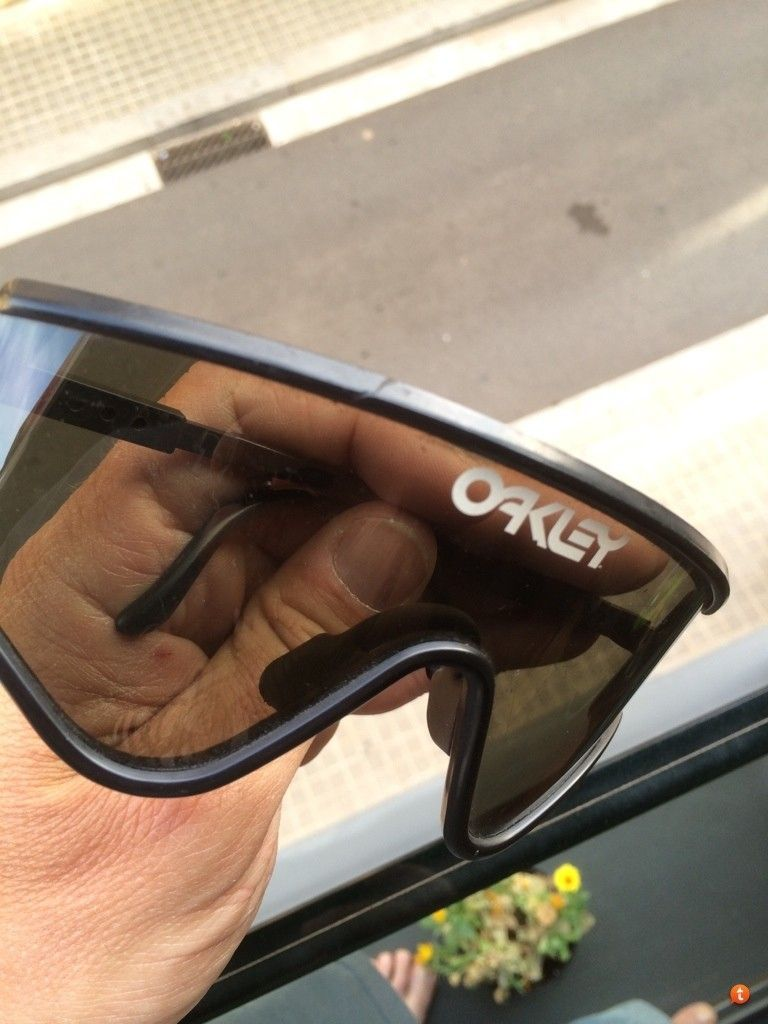 Vintage Oakleys To Trade - u3etaqu3.jpg
