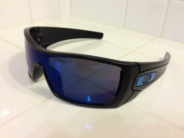 WTS: Oakley Batwolf With 2 Extra Changeable Icons - u4ugajeg.jpg