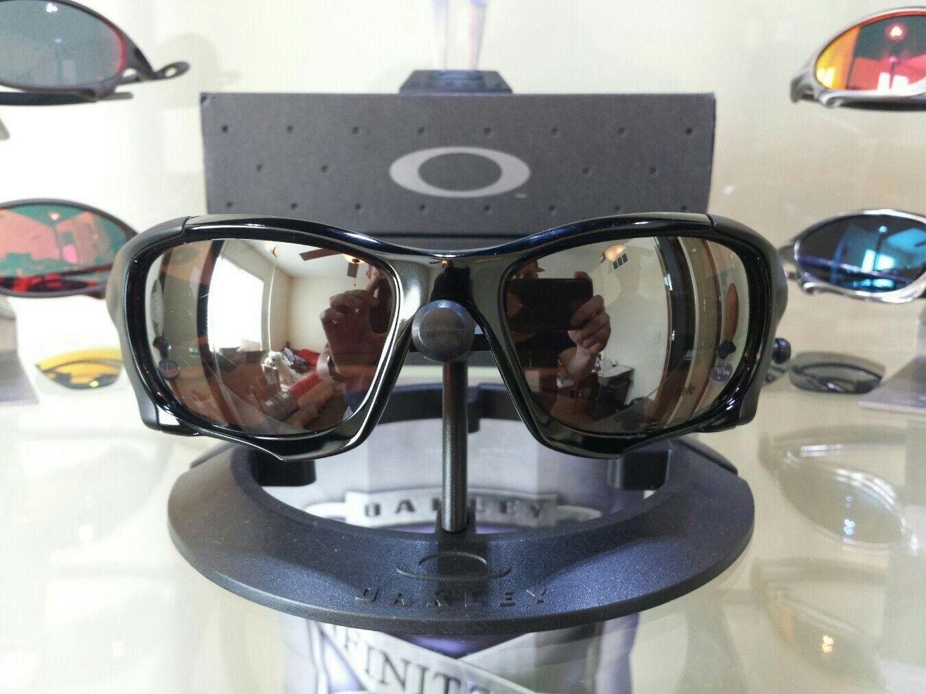 Oakley Pit Boss II - $275 - u6epyryh.jpg