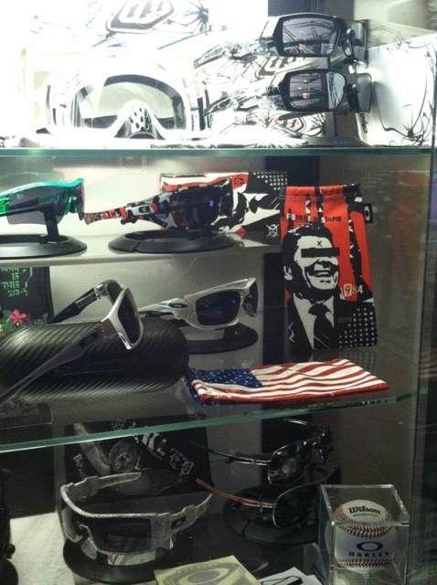 Oakley Display Cases #2 And #3 - u9aje3eq.jpg