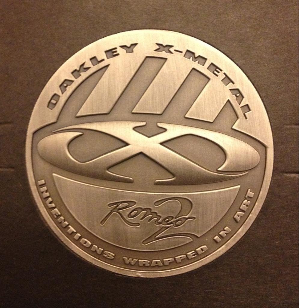New Style R2 Coin. - u9ugy2ab.jpg