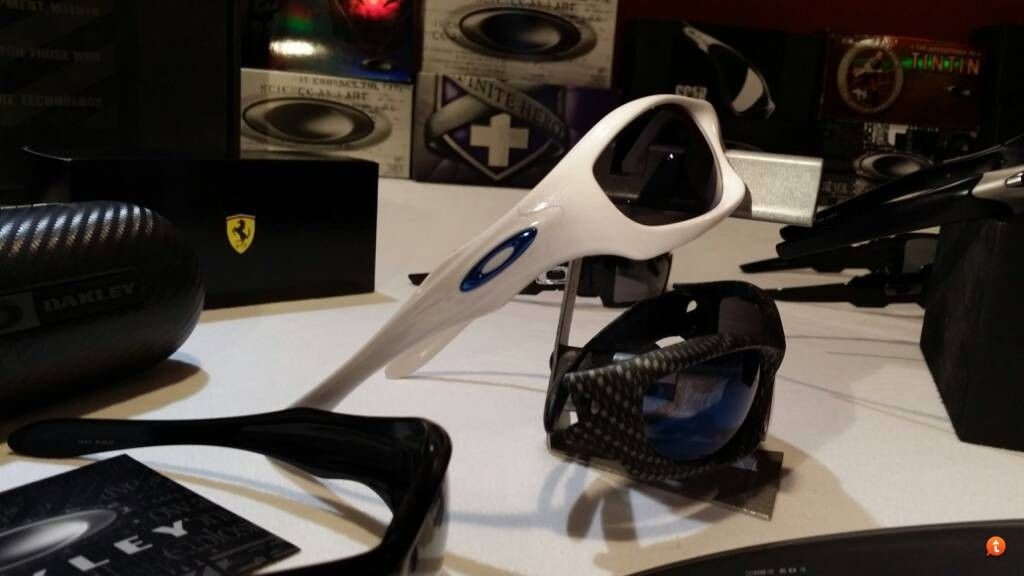 Oakley Ron Collection Pics - ujany2ud.jpg