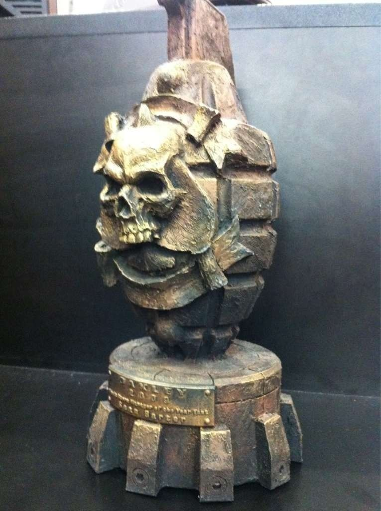 Grenade Bomb Skull Award? - umy2edep.jpg