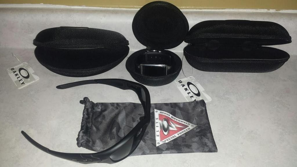 S.I. Straight Jackets, Watch Vault, Med & Large Soft Vault - unnamed16_zps51dcedca.jpg
