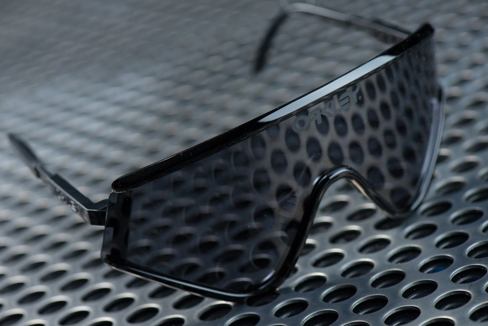 2 of 3 Signed Oakley Heritage Eyeshades by Jim Jannard - Black with Grey - Untitled Session00380.jpg
