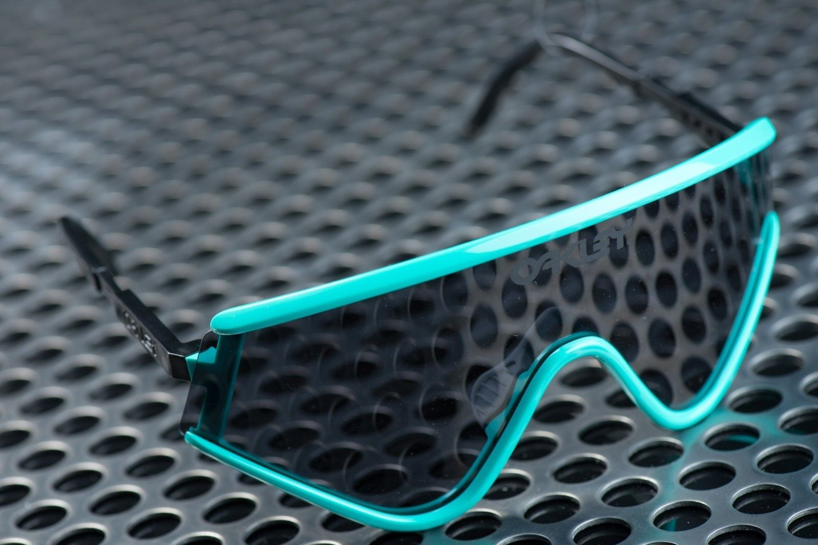 1 of 3 Signed Oakley Heritage Eyeshades by Jim Jannard - Seafoam with Grey Mint in Box - Untitled Session00414.jpg
